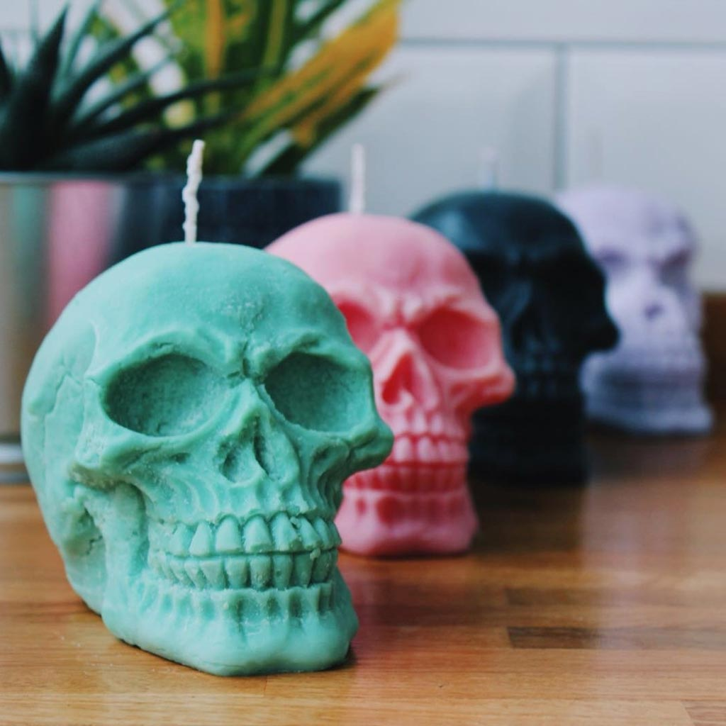 Skull shaped pastelle candles