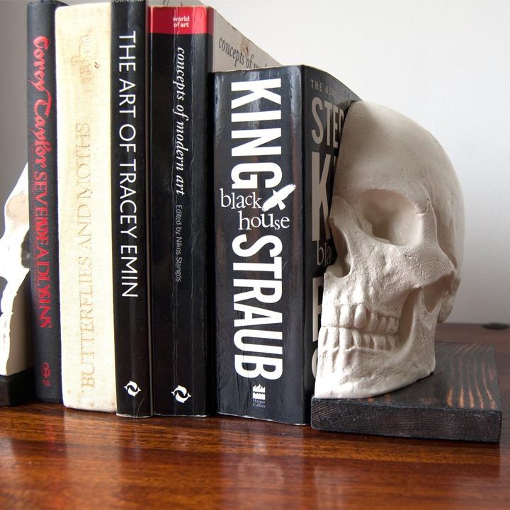 White skull bookends