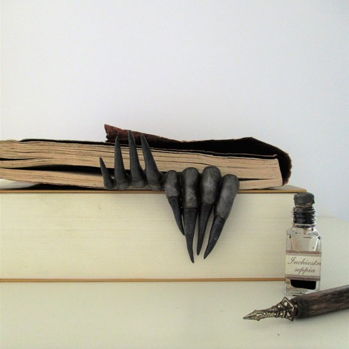 Creepy fantasy claws bookmark