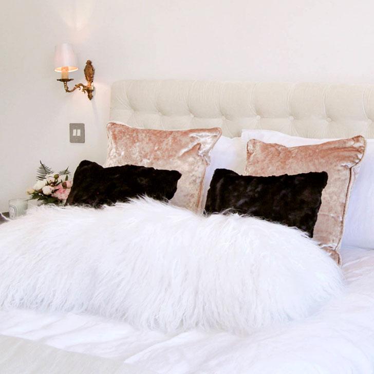velvet decorative bedroom cushions