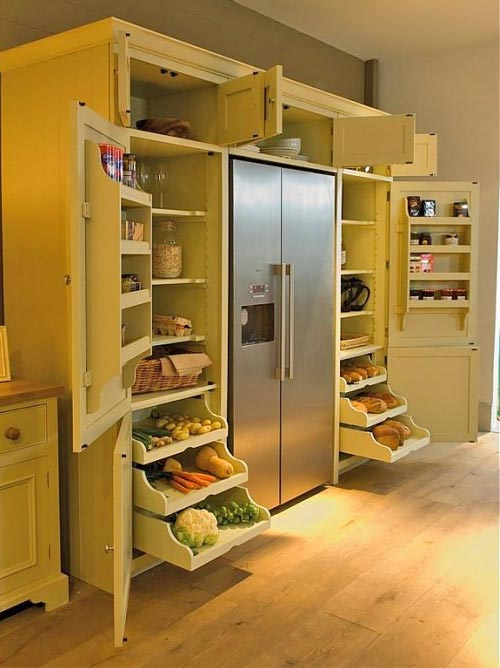 wrap-around fridge kitchen pantry