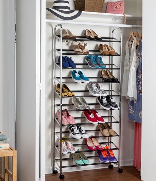 rolling shoe rack